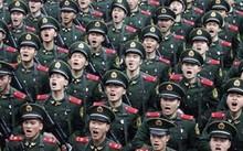 Binh sĩ Trung Quốc - Ảnh: Reuters