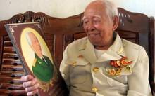 Ông Cắm là một trong 34 chiến sĩ đầu tiên của Quân đội nhân dân Việt Nam.