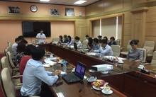 Thứ trưởng Bộ Y tế Nguyễn Viết Tiến chủ trì và phát biểu chỉ đạo tại cuộc họp