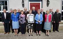 Gia đình Donnelly chính thức được công nhận là gia đình thọ nhất thế giới. Ảnh: DM.