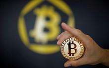 Tiền ảo Bitcoin đang đứng trước bước ngoặt quan trọng. Ảnh: Reuters