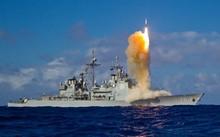 Tàu tuần dương Mỹ thử tên lửa SM-3 Block IIA. Ảnh: UPI.