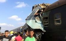 Vụ tai nạn tàu hỏa thảm khốc đã làm ít nhất 49 người thiệt mạng. (Ảnh: AlAhramonline)
