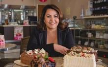 Bà Cleusa Maria nay là triệu phú chuỗi cửa hàng bánh ngọt nhượng quyền với doanh thu 63 triệu USD mỗi năm. Ảnh: BBC.