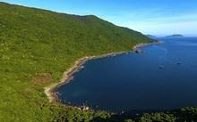 Một góc bán đảo Sơn Trà nhìn từ trên cao.