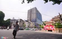 Chủ đầu tư cho rằng Hà Nội phải đền bù thiệt hại cho các cư dân và chủ đầu tư vì những quyết định hành chính ban hành sai quy định.