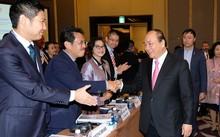 Thủ tướng Nguyễn Xuân Phúc dự Diễn đàn Doanh nghiệp Việt Nam 2017. Ảnh: VGP/Quang Hiếu