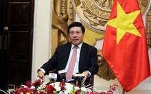 Phó Thủ tướng, Bộ trưởng Bộ Ngoại giao Phạm Bình Minh chia sẻ về thành công của Tuần lễ Cấp cao APEC. Ảnh: VGP/Hải Minh