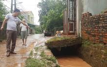 Quảng Ninh: Nước mưa cuốn trôi 2 học sinh xuống cống