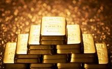 Giá vàng ngày 15/8: Vàng trượt giá mạnh do áp lực chốt lời