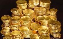 Giá vàng ngày 23/8: USD khởi sắc khiến vàng trượt giá