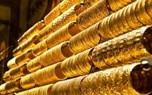 Giá vàng 30/9:  Áp lực đổ xô, vàng chịu sức ép