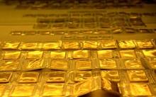 Giá vàng 2/10: Mua bán đan xen khiến vàng trong nước hưởng lợi