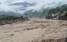 Thời tiết ngày 12/10: Mưa lũ tiếp tục càn quét các tỉnh Bắc Trung Bộ