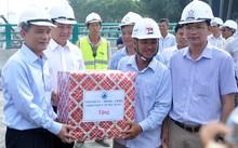 Bí thư và Chủ tịch Đà Nẵng thị sát hầm chui phục vụ APEC 2017