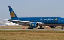 Vietnam Airline đã phải hủy 10 chuyến bay nội địa do ảnh hưởng bão số 12