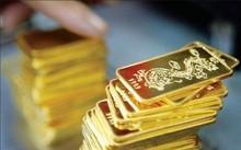 Giá vàng 15/10: Lãi suất FED khiến vàng trượt giá