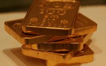 Giá vàng ngày 23/2: Thị trường trong nước 'lưỡng lự' trước đà giảm của thế giới