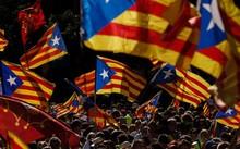 Chính quyền Tây Ban Nha đe doạ sẽ sử dụng mọi biện pháp cần thiết để ngăn cản ý định ly khai của vùng Catalonia