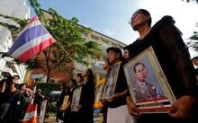Người dân Thái Lan đến tiễn đưa cố Quốc vương Bhumibol Adulyadej