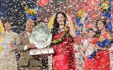 Hà Thu giành quán quân Tình Bolero 2017