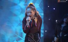 Chi Pu bị dân mạng 'ném đá' vì hát live như hết hơi