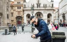 Công tác ở Praha, Vũ Khắc Tiệp bị mất hơn 13 triệu