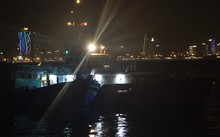 Khuya 15/12, tàu cứu hộ SAR 412 đã đưa 13 ngư dân tỉnh Bình Định về đất liền an toàn