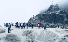 Ngọn đồi 'tuyết trắng' ở Việt Nam: Nơi dừng chân 'sống ảo' mới của giới trẻ