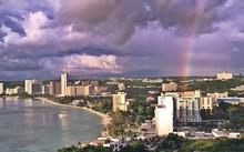 Mặc Triều Tiên đe dọa, khách du lịch vẫn đến đảo Guam
