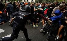 Catalan quyết tâm rời Tây Ban Nha: Cuộc trưng cầu đẫm máu