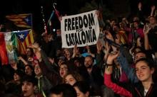 Catalan 'dứt áo' rời Tây Ban Nha: 90% cử tri tán thành
