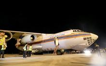 Máy bay chở hàng viện trợ Nga đã tới Việt Nam