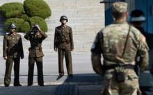 Biên giới 2 miền Triều Tiên trở nên căng thẳng sau vụ vượt biên. Ảnh: AFP