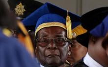 Zimbabwe ra 'tối hậu thư' với Tổng thống: Từ chức hoặc bị buộc tội