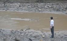 Sông Nậm Tôn – Nươi lấy nguồn nước thô cung cấp cho Nhà máy nước Quỳ Hợp bị ô nhiễm quanh năm