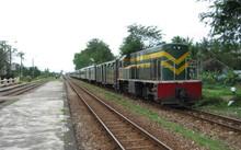 Đường sắt Hà Nội dự định mua trăm toa xe cũ từ TQ