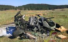 Xe quân sự Humvee của Mỹ gặp sự cố tuột dù rơi xuống đất tan nát