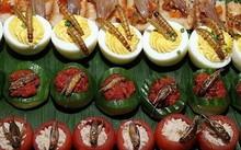 10 món ăn kinh dị trên thế giới khiến du khách hãi hùng