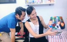 Trương Ngọc Ánh gửi hoa chúc mừng chồng cũ ra mắt phim kinh dị