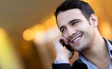Sử dụng điện thoại di động quá mức nguy hại sức khỏe thế nào?