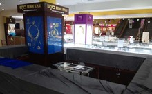 """TP HCM: Trộm """"viếng thăm"""" tiệm vàng, ngân hàng"""