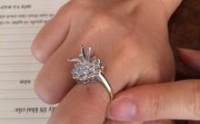 Nghi án người phụ nữ bị đánh thuốc mê, chiếm đoạt viên kim cương 2 tỷ đồng