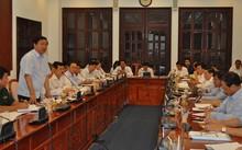 Bí thư Thành ủy Đinh La Thăng phát biểu tại cuộc họp sáng nay. Ảnh: T.N