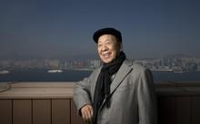 Lui Che Woo và phong cách đội mũ đặc trưng. Ảnh: SCMP