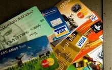 """Nhiều rủi ro """"rình rập"""" thẻ ngân hàng"""