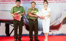 Vietjet nhận bằng khen của Bộ trưởng Bộ Công an