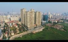 Lối đi vào Home City từ đường Nguyễn Chánh. Hai đầu đường quy hoạch 21m hiện nay vẫn chưa được thông