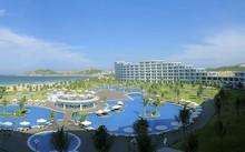 """Với thiết kế uốn lượn hướng biển độc đáo, FLC Luxury Hotel Quy Nhơn được bình chọn là """"Khách sạn có thiết kế kiến trúc độc đáo nhất"""""""