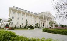 Tòa khách sạn sang trọng, đậm chất hoàng gia